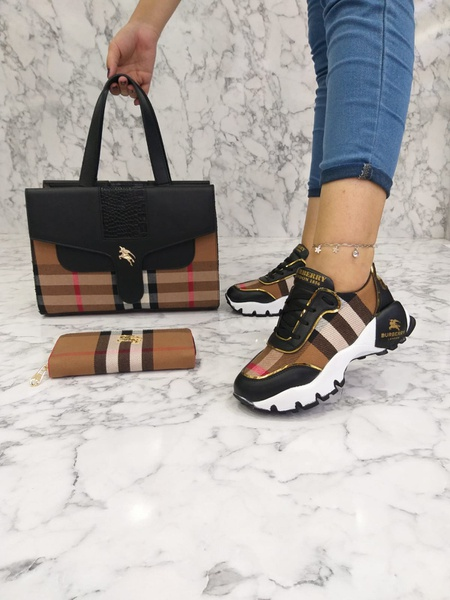 Burberry sneaker picture