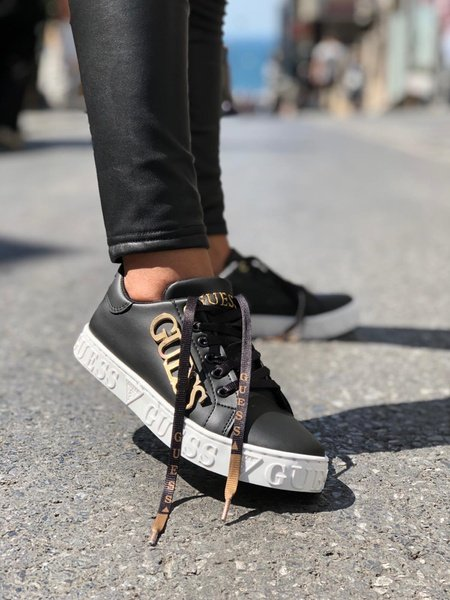 Men guess sneakers picture