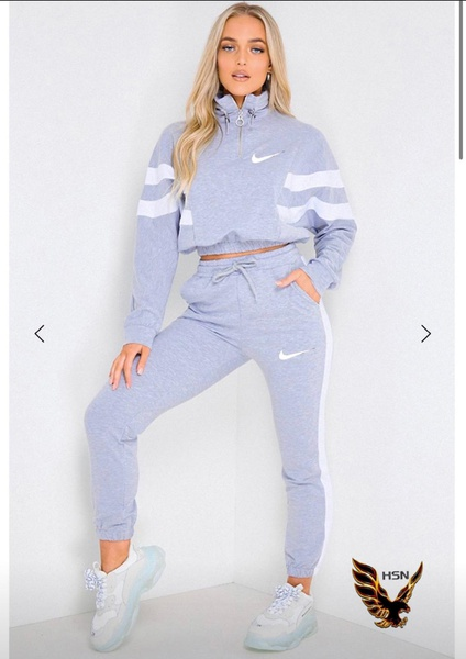 Nike tracksuits picture
