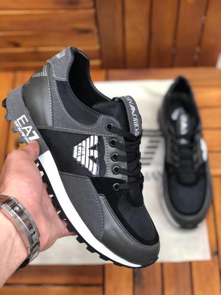 Ea7 sneaker picture