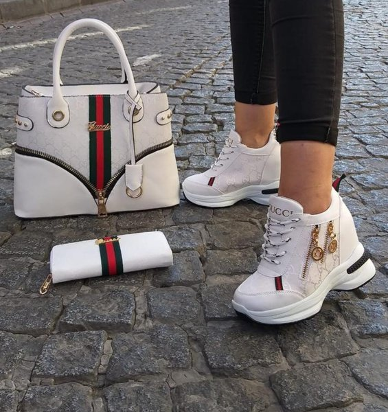 Gucci shoes picture