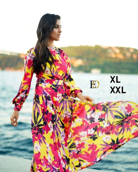 Maxi dress picture