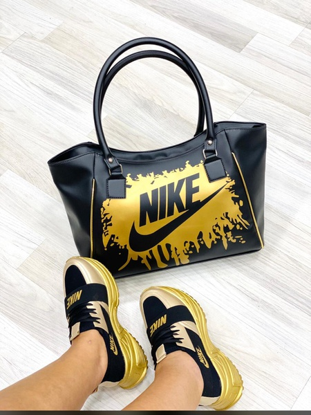 Nike shoes picture