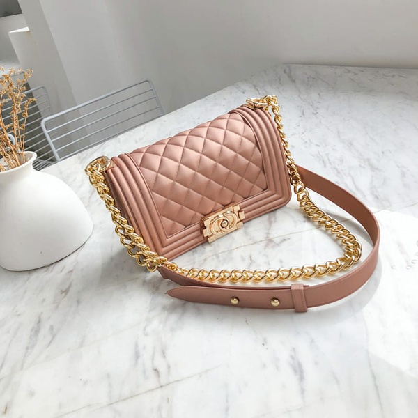 Side bag picture