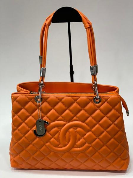 Chanel handbag picture