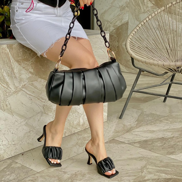 Black bag and shoe set picture
