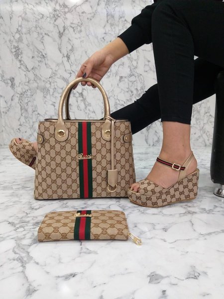 Gucci bag and shoe set picture