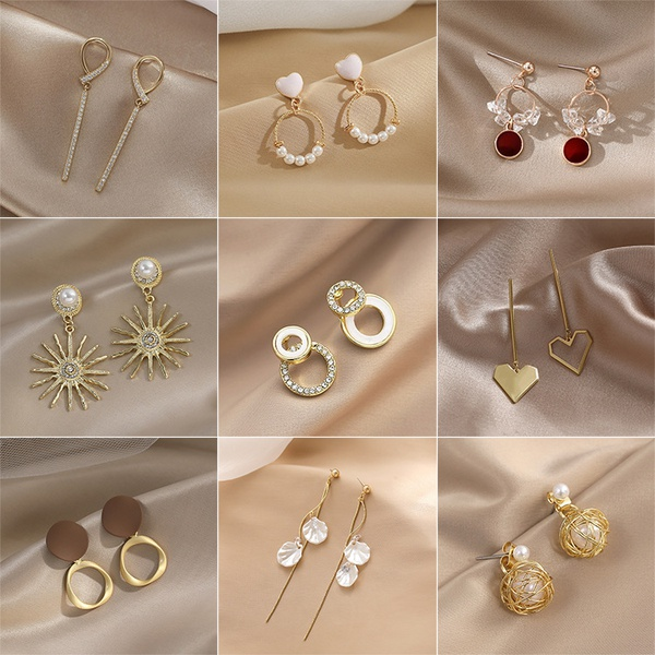 Golden earrings picture