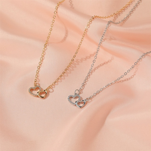 Heart necklace picture