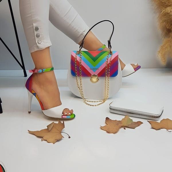 Shoe set picture