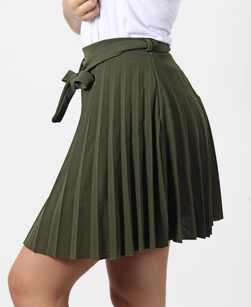 Pleated mini skirt picture