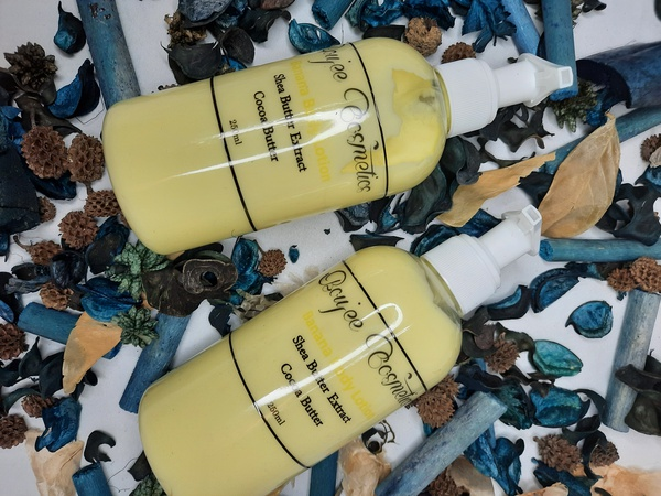 Banana body lotion- 250ml picture