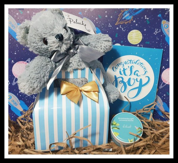 Baby boy bear gift box picture