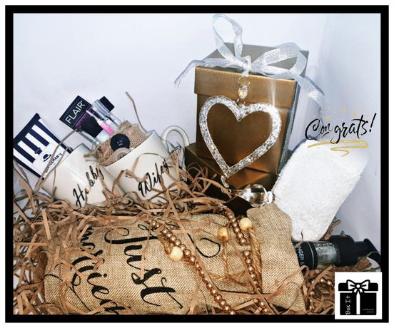 Wedding bells gift box picture