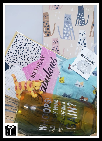 No milk ms kitty gift box picture