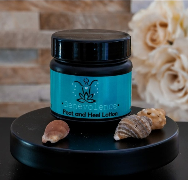 Foot & heel lotion picture