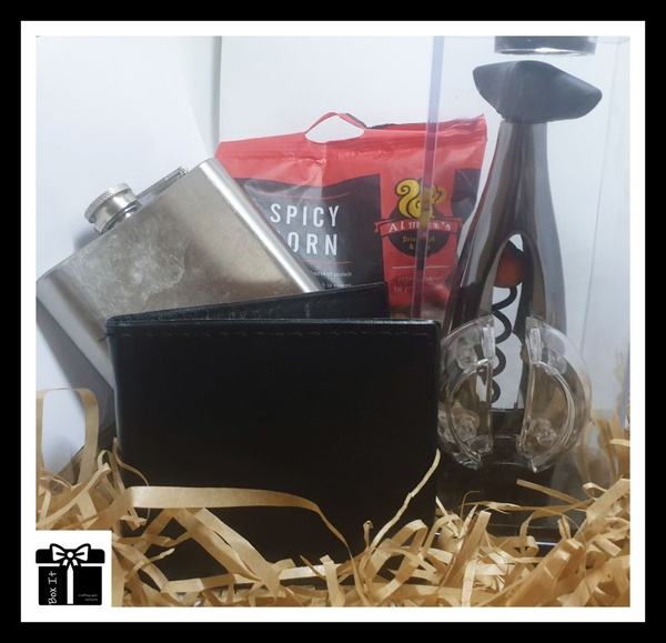 The gentlemans silver gift box picture