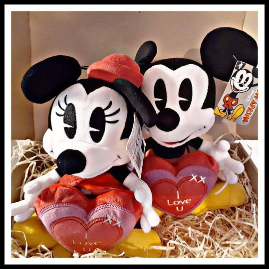 Original disney's mickey & minnie - i love you picture
