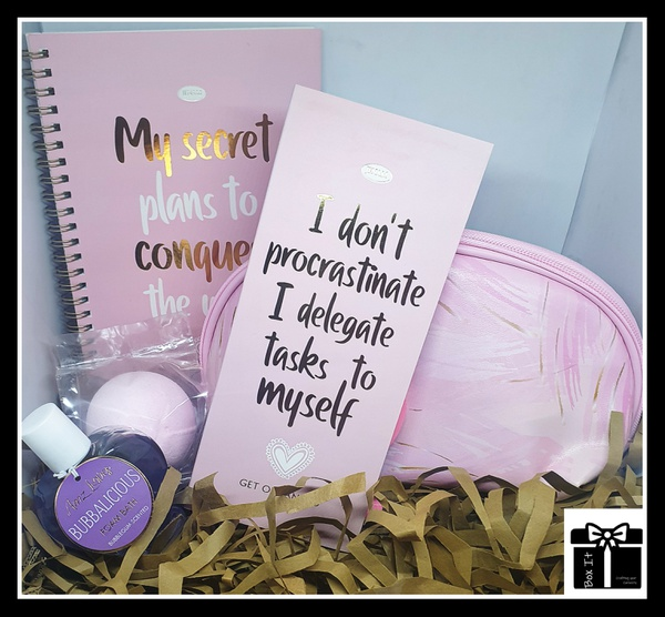 Modern lady of the day gift box picture
