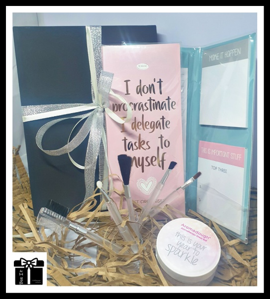 Woman's sparkle gift box picture