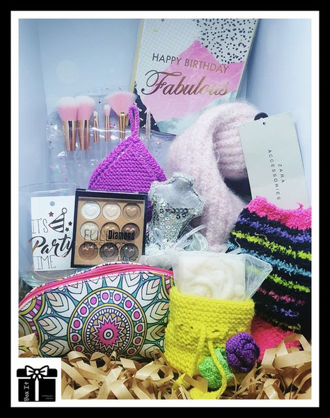 Pink, fabulous and glam them gift box picture