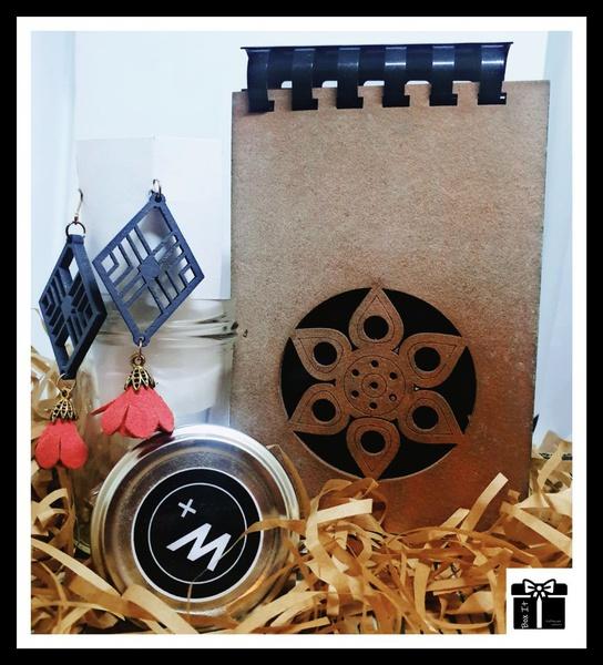 Macian design gift box picture