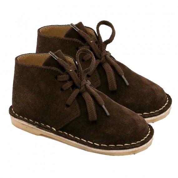 Brown safari boot picture