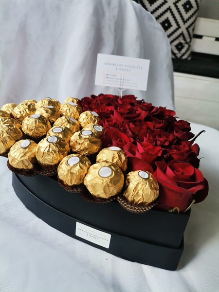 Red rose & ferrero luxury heart arrangement picture