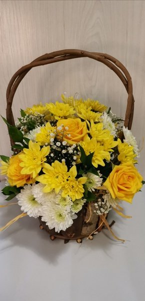 Mother's day basket medium bouquet picture