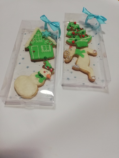 Decorated  sugar cookies picture
