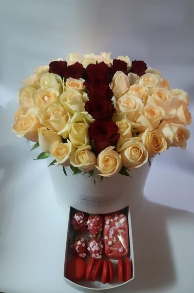 Grande fleur monogram luxury gift box picture