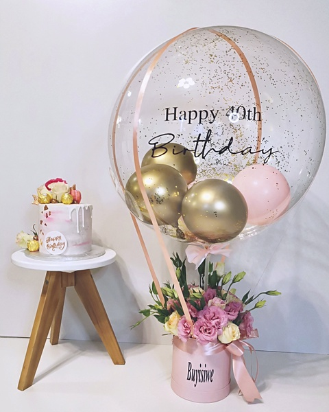 Hot air balloon mixed rose box picture