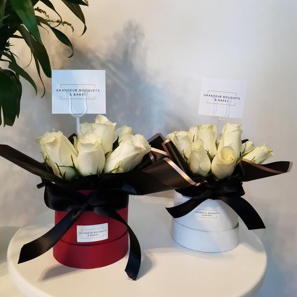 Petite luxury rose box picture