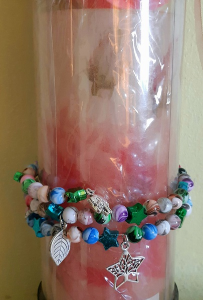Memory charm and bead bracelet picture