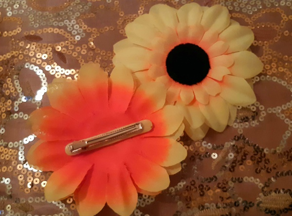 Sunflower hair clip picture