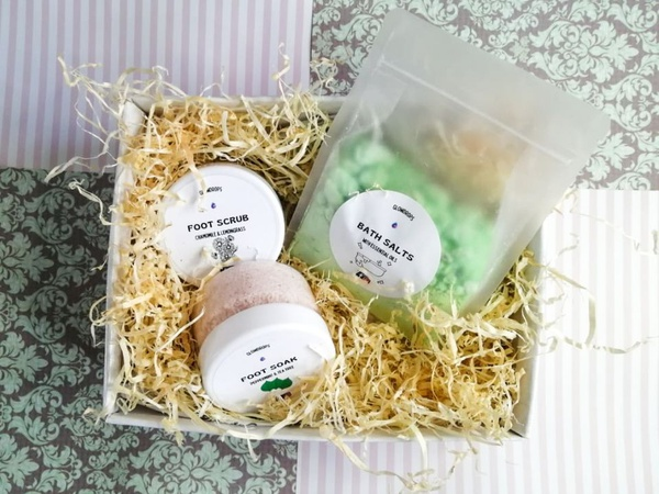 Foot care gift set picture