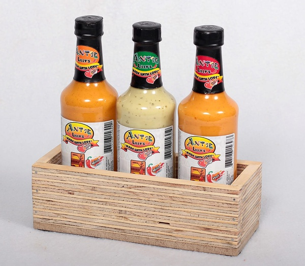 Striped box & 3 sauce combo picture