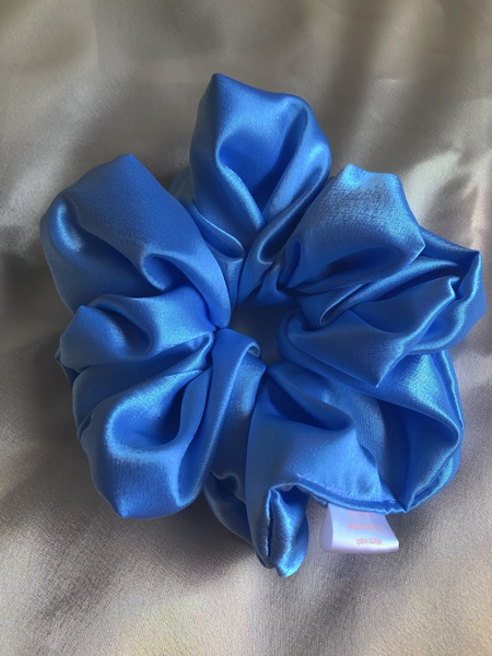 Sky satin scrunchie picture