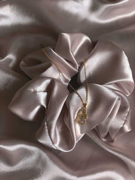 Pearl satin scrunchie picture