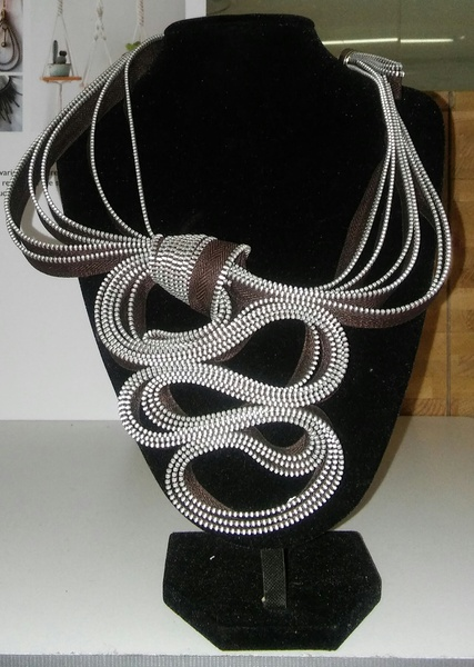 Simanga zip designer neck piece picture