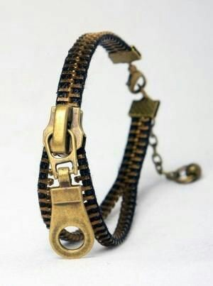 Indalo intricate designer wristband picture
