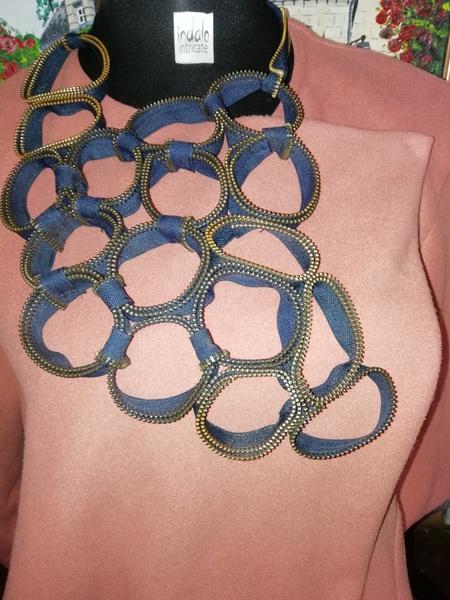 Exclusive zip designer neck piece picture