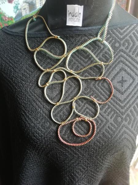Zadel zip designer neckpiece picture