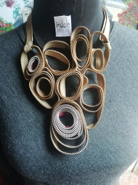 Kgosie zip designer neckpiece picture