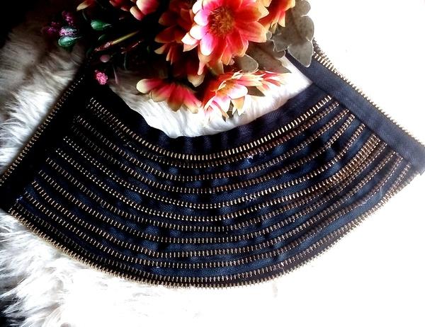 Muhle zip designer neck piece. picture