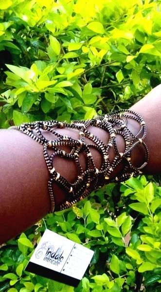 Zip designer wristband picture