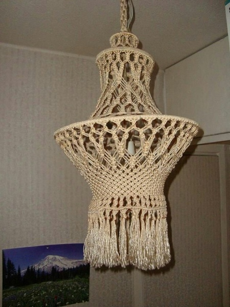 Macrame chandelier picture