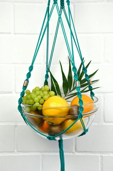 Macrame fruit hanger. picture