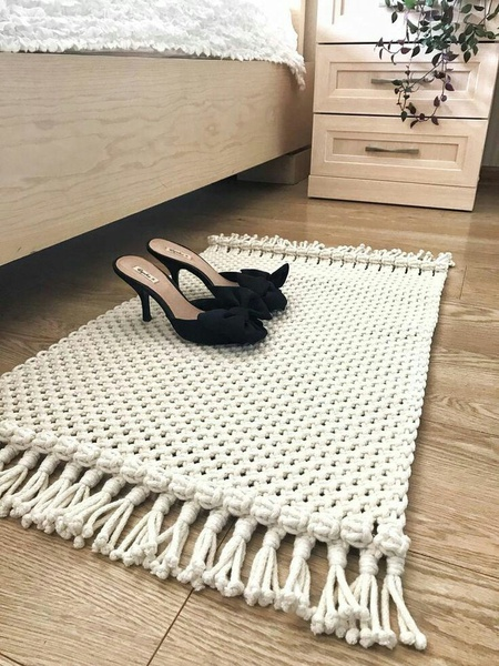 Macrame mats picture
