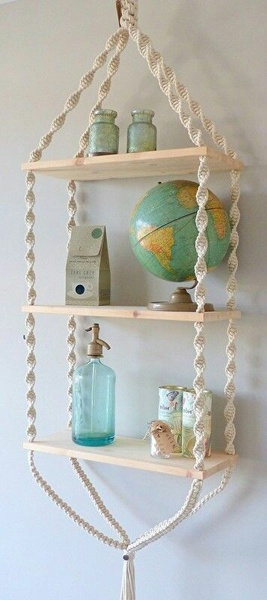 Macrame stand picture